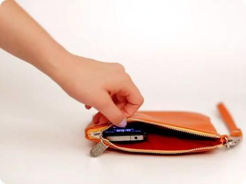 Everpurse- a purse that will charge iPhone