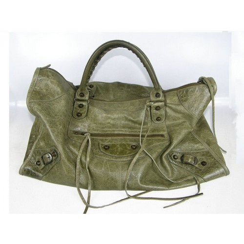 Balenciaga motorcycle bag in olive. Fabulous bag with street wear edge.