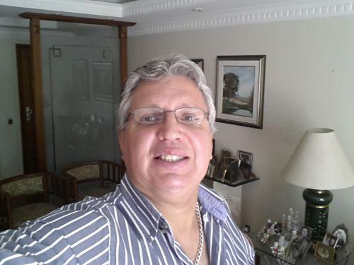 Nelson Rosenvald O APERFEIÇOAMENTO MORAL Na iminência dos jogos olímpicos do Rio de Janeiro, para além dos conhecidos problemas brasileiros (infraestrutura, segurança, Zika, crise política...), teremos que lidar com a recente revelação do esquema generalizado de 'doping' da Rússia, pelo qual a excelência no esporte é utilizada como instrumento de política, com o consentimento dos atletas envolvidos, apesar dos riscos a que estão expostos. Infelizmente, dissemina-se a noção de que o atleta…