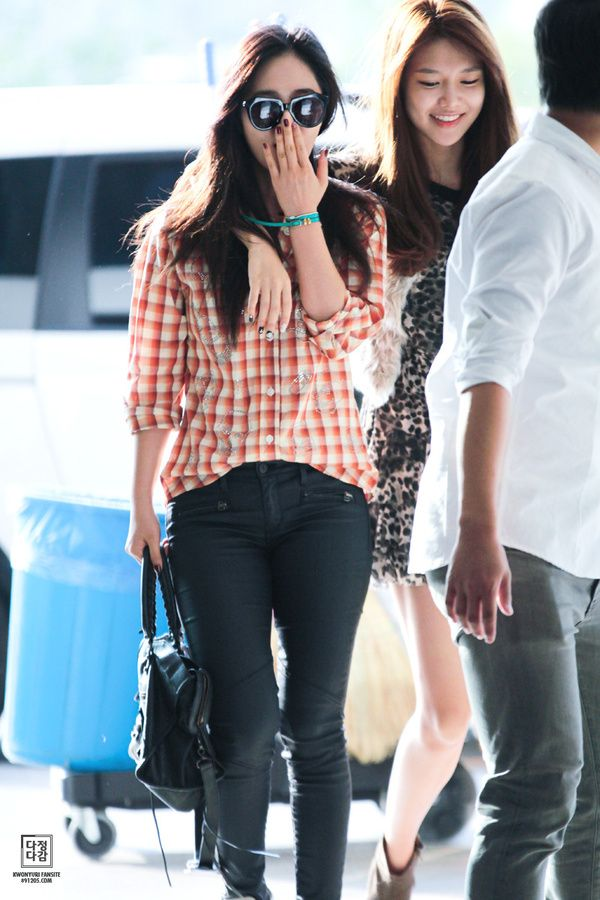 1000+ images about Korean Stars / Airport Fashion / Casual ...  1000+ images ab...