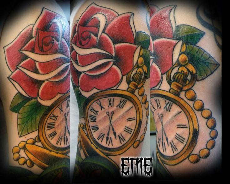 attoo de ayer en time tattoo ! gracias Martín por confiarme lo que quedaba de manga, Mas adelante unos detalles para terminar de cerrar todo  #emetattoo #rosetattoo #clocktattoo #traditattoo
