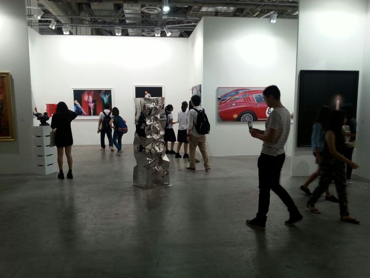 Out of the 145 carefully selected exhibitors, 88 galleries are returning to Art Stage Singapore again, including some of the most influential local spaces such as ARNDT, Ota Fine Arts, Pearl Lam Galleries, Galerie Perrotin from Hong Kong, but also international art spaces such as White Cube and Contini Art UK from London.