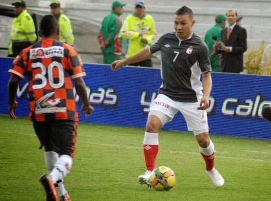 Santa Fe venció 0-2 a Boyacá Chicó y quedó a un paso de la clasificación.