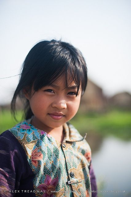 Burmese girl | A little girl living in a floating village on… | Flickr