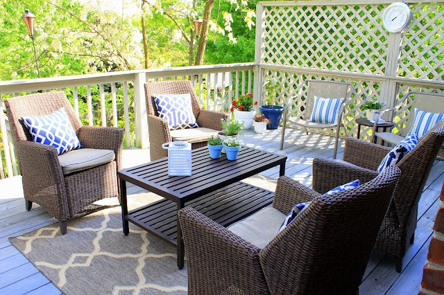 our fifth house: Flip Flop Hooray - Our Outdoor Living Room