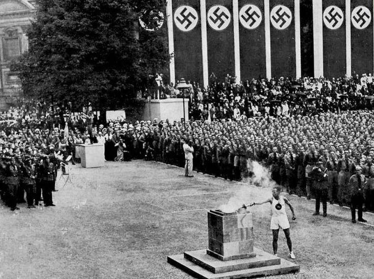 1936, Berlin. Le monde s'apprête à s'enfoncer dans l'abyme, à l'heure du fascisme tout puissant en Italie et de la naissance du nazisme. Pourtant, le CIO octroie les Jeux Olympiques d'été 1936 à l'Allemagne, offrant à Adolf Hitler et au régime nazi une formidable vitrine de propagande. Photo DR