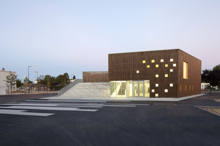 Cultural Center in Nevers,© Cecile Septet