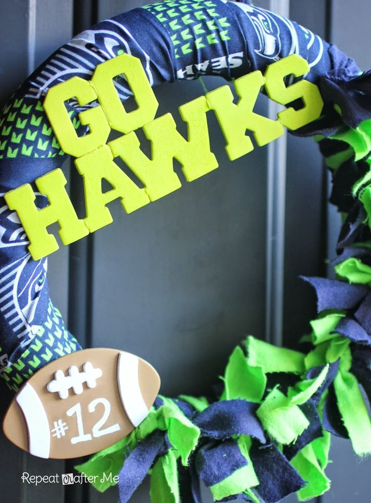 Repeat Crafter Me: Football Team Wreath #Holidays-Events ... Instructions .. I'm risky making Green bay!