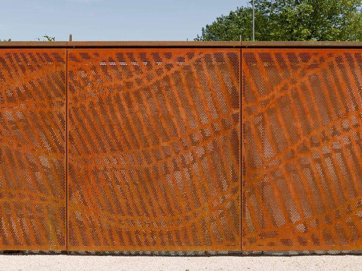 Chemelot campus geleen cortenstaal walls outdoor pinterest - Architectuur staal corten ...
