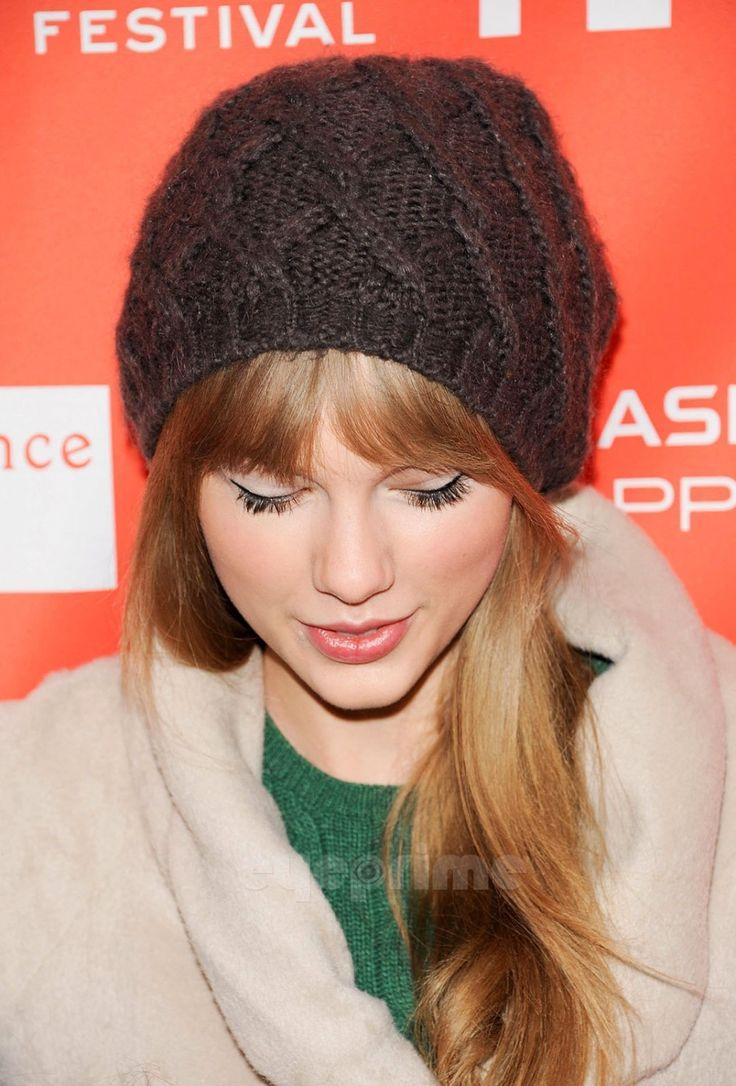 Taylor Swift casual makeup