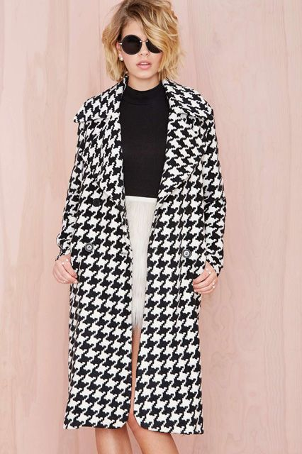 34 Gorgeous Coats To Make Your Cold-Day Commute A Little Brighter #refinery29  http://www.refinery29.com/statement-coats#slide17