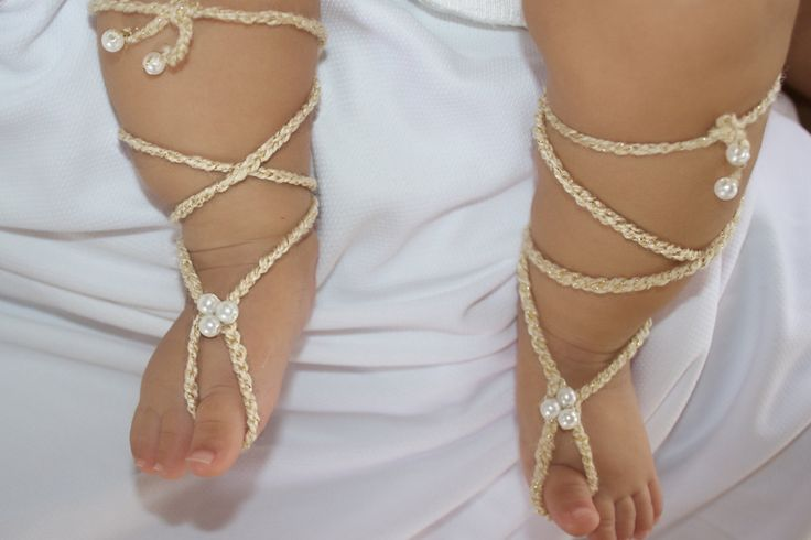 Gold Gladiator Sandals, Barefoot Sandals, Crochet Baby Sandals, Crochet Barefoot, Baby Sandals, Gladiator Sandals, Newborn Sandals.  These Tasteful Gold Gladiator Baby Barefoot Sandals are just perfect for any age!  The front part of this sandal will not stretch but there is enough stretch elastic