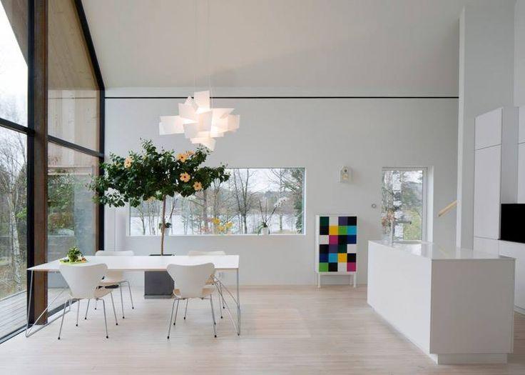 Kjellgren Kaminsky Architecture построили под Гетеборгом деревянный дом с кухней в стиле «лофт», форма которой напоминает пространство католической церкви.  #objektrussia #architecture #interior #design #архитектура #интерьер #дизайн