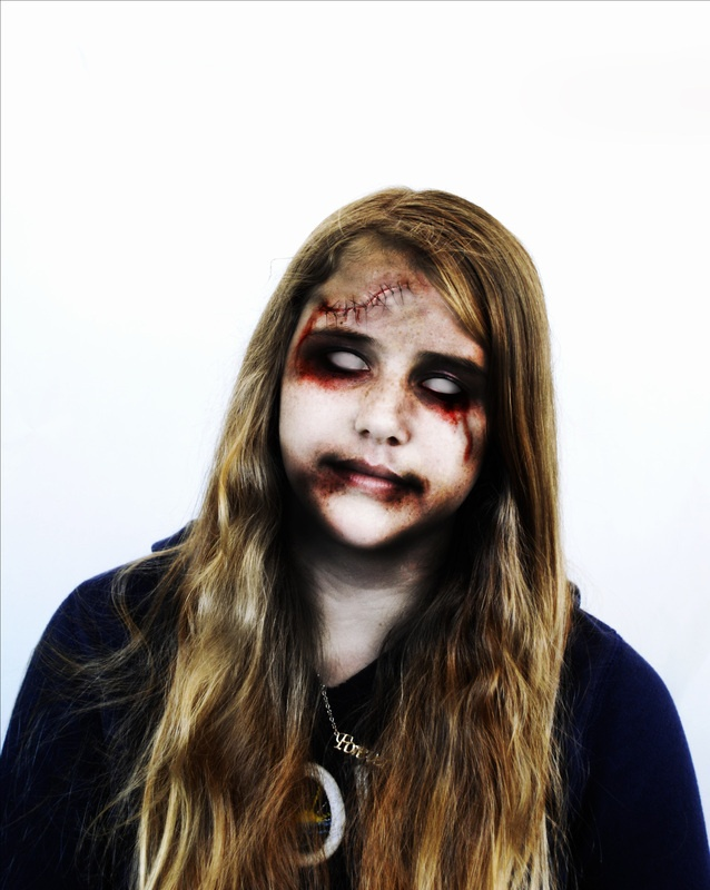 How to Zombify people in Photoshop cs5 - YouTube
