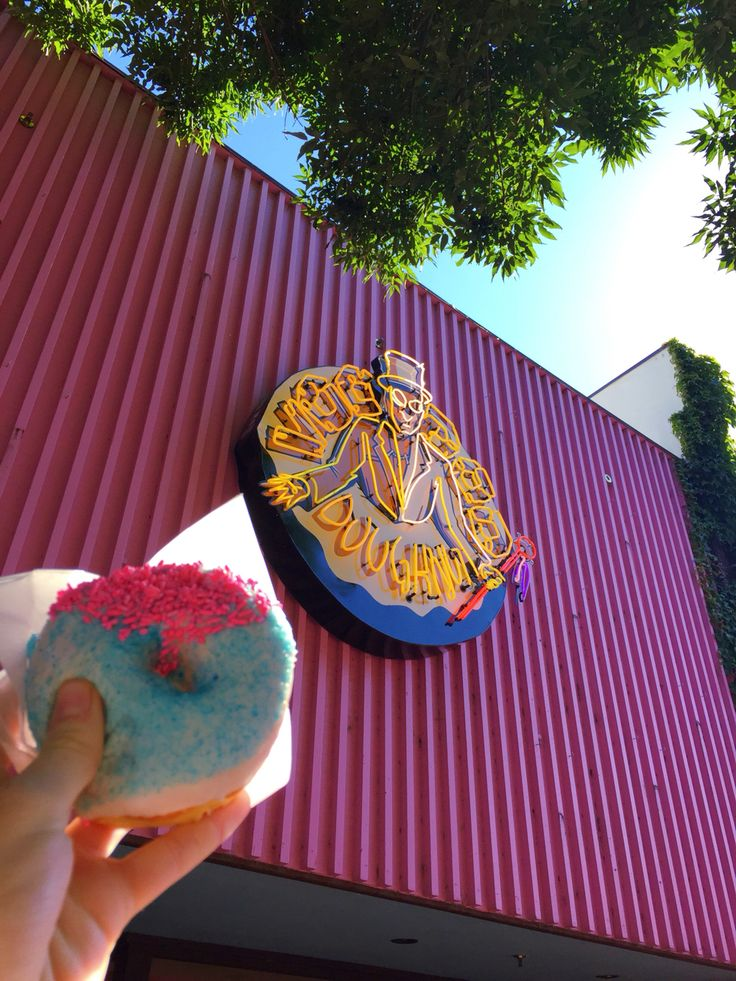 Voodoo Donuts//Eugene Oregon