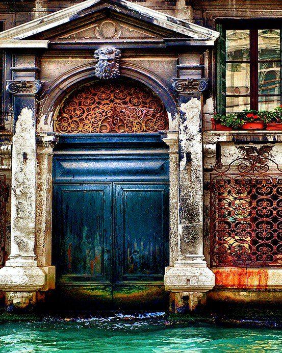 Poseidon's door, Venice (Il Piccolo Istrione)