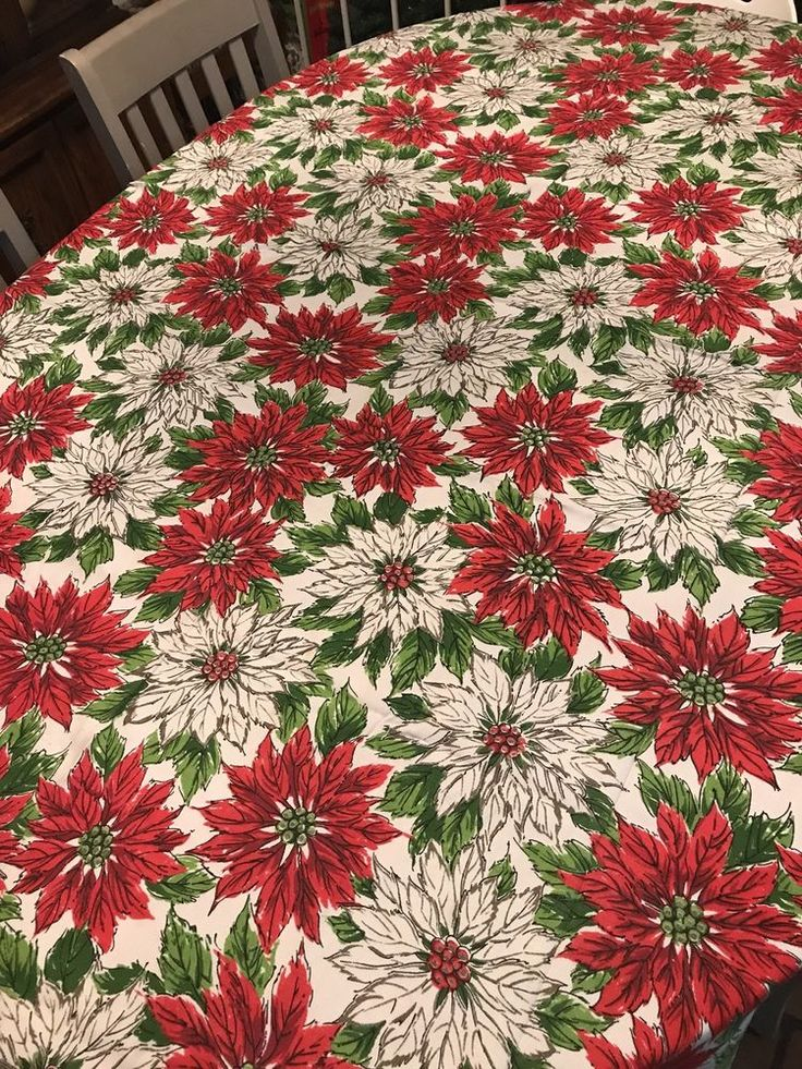 "Vintage Christmas Poinsettia Tablecloth Fabric 60"" x 85"" White Red Green  