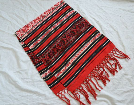 Hey, I found this really awesome Etsy listing at https://www.etsy.com/listing/203597728/red-scandinavian-table-runner-large-wool