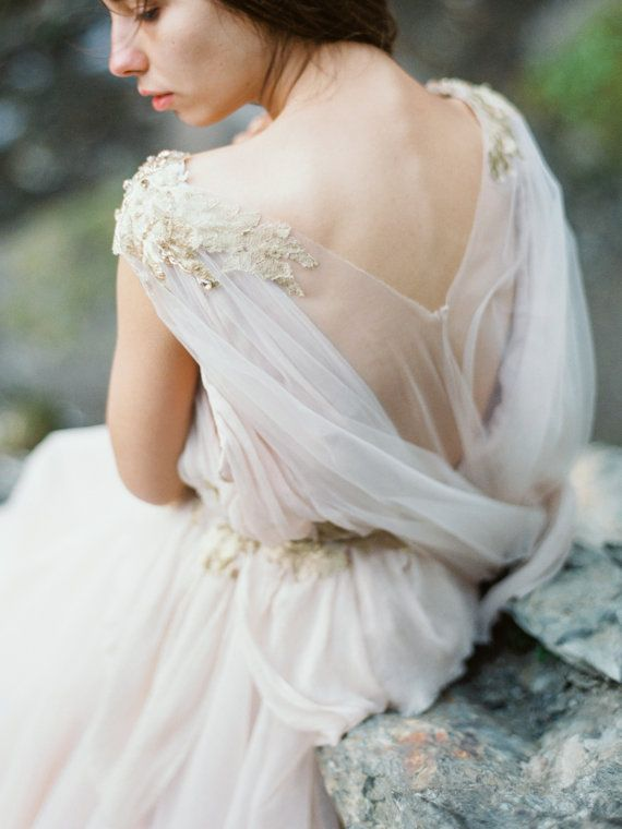 Wedding Dress of the Week - Champagne Tulle & Nude Silk ⋆ PAPER & LACE