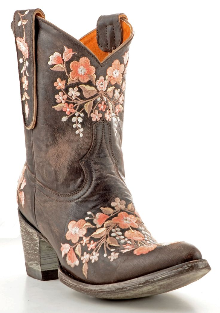 I'm not really into cowgirl stuff too much, but I love these!