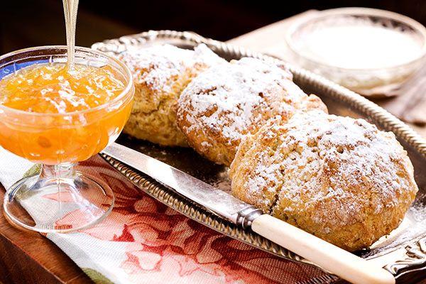 Grapefruit marmalade with orange wholemeal scones – Recipes – Bite