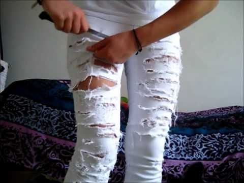 How to make your ordinary skinny jeans look super distressed jeans. Best tutorial I've found. You just have to be careful!