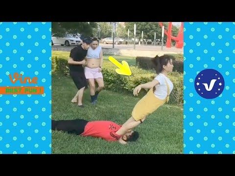 Crispy & Crazy Videos: Funny Videos 2017 ● People doing stupid things P31