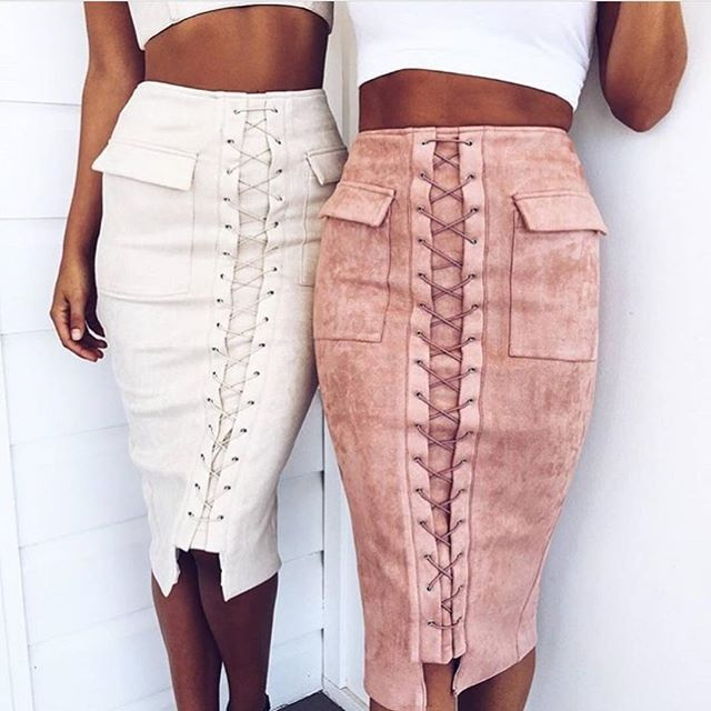 Our favorite skirt of the season as shot by our friends @mura_boutique . Also available in dove and navy ➰
