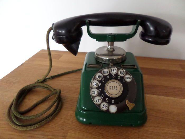Oude Deense Telefoon - Metaal - Groen