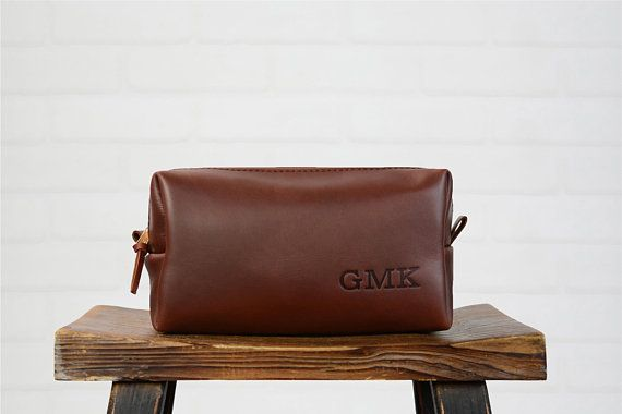 Custom Leather Dopp Kit Groomsmen Gift   Monogram Leather Mens Personalized  Toiletry Bag Travel Bag   Gift for Man Husband Dad Him Boyfriend 594bf3c69f
