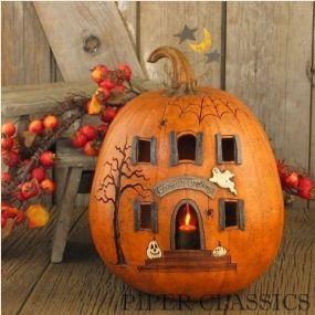 Ghoulish Greetings - Lit House Pumpkin