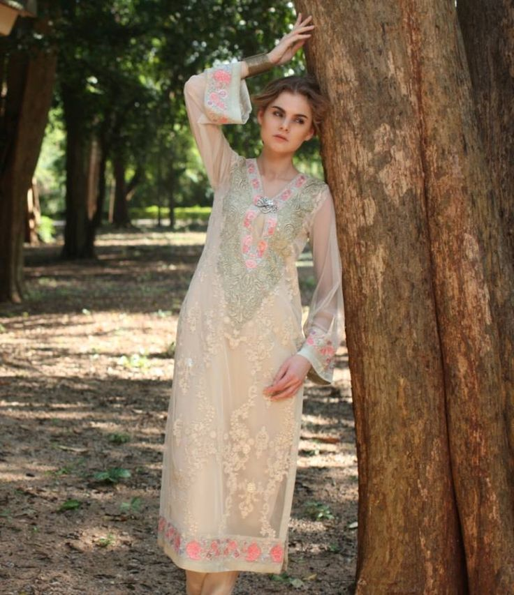 Beautiful #Kameez in Pastels by http://ThreadsAndMotifs.com/ #Pakistan <3