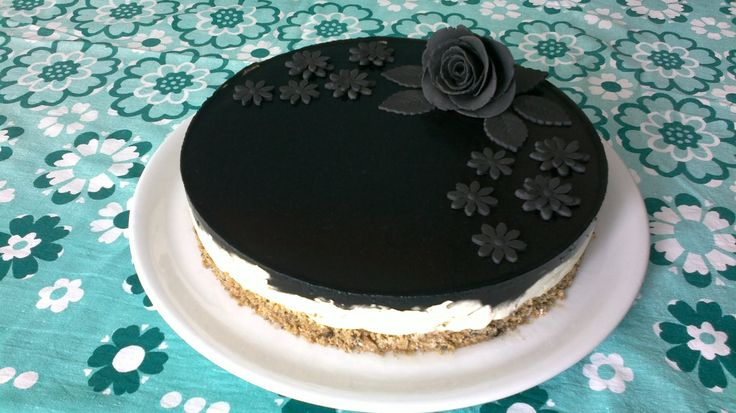 salty licorice cheesecake