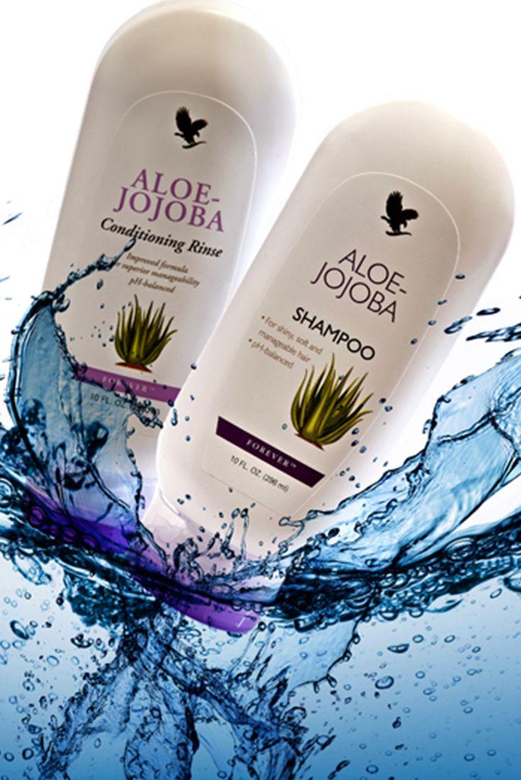 Aloe Jojoba shampoo e Balsamo. unendo le benefiche qualità dell'Aloe vera con quelle dell'olio naturale di Jojoba,  ti aiutano a idrata e proteggere anche i capelli grassi. lascia capelli puliti, lisci e morbidi in modo naturale.  Contenuto 296 ml. (art. 58 - 59)