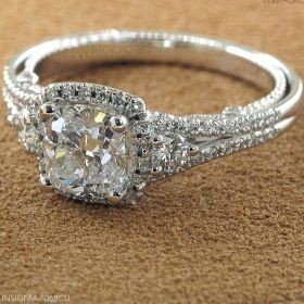 Beautiful wedding /Engagement ring (** I don't like square/rounded square cut rings)