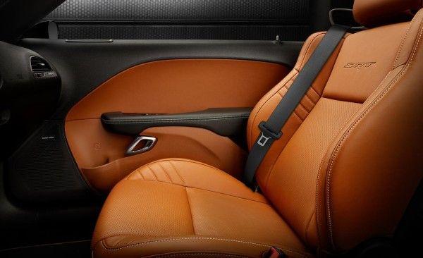 2015 Dodge Challenger SRT rear interior images