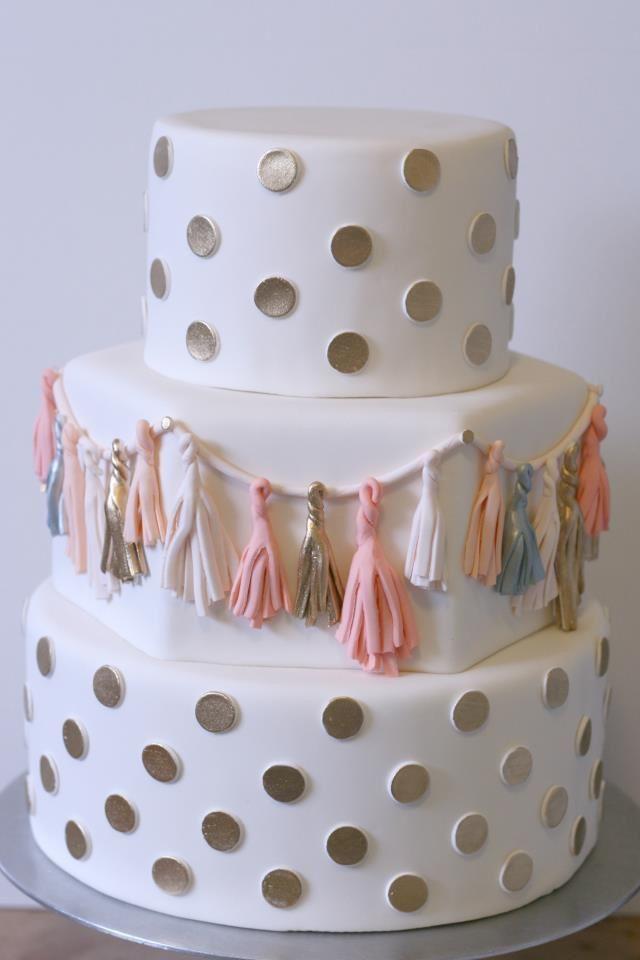 Best 25+ Fondant wedding cakes ideas on Pinterest
