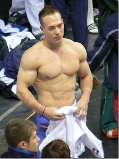 how to get a gymnast body male