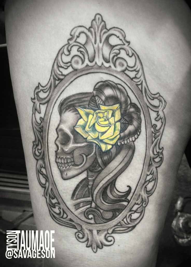 lady skull with ornate frame yellow rose #studio21tattoo