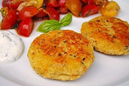 Couscous patties with cheese