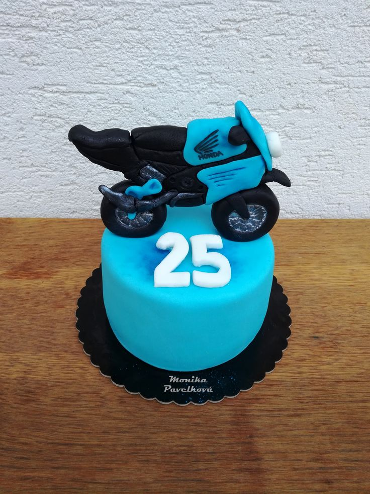 Best 25 Motorbike Cake Ideas On Pinterest Motocross