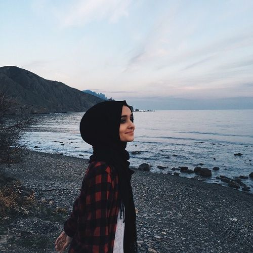 Image de beautiful, hijab, and golovkova