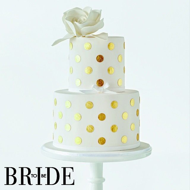 #ShareIG #Gold #polkadots from @cake_ink always make the cut. See this #cake and many more in our current Cakes and Wedding Food issue! #cakes #weddingcakes #weddings #cakedecorating #cakeink #weddinginspiration