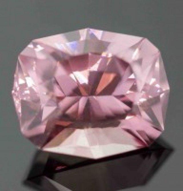 3.41 ct IMPERIAL GARNET - MASTER CUT! - SUPER RARE!! pink gemstone, pink garnet  , gemstone