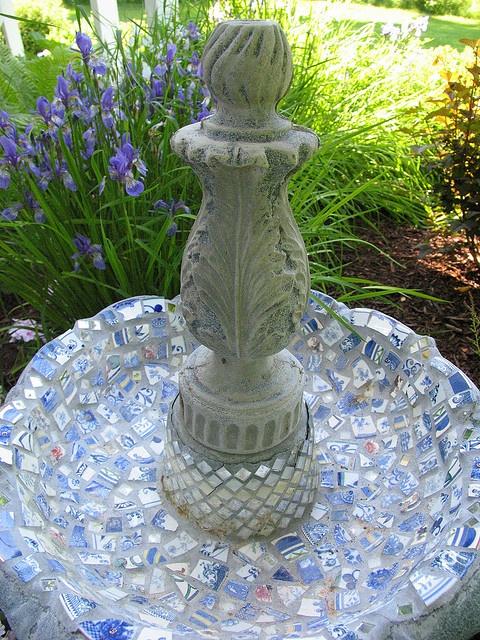 Bird Bath by teacup mosaics, via Flickr