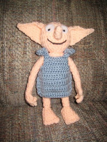 Not sure if this should go in Crochet or Geeky side...I know a certain 14yo boy that is going to LOVE this!!