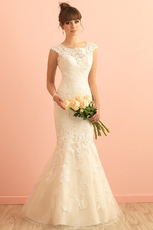 2864 Allure Romace Bridal Gown