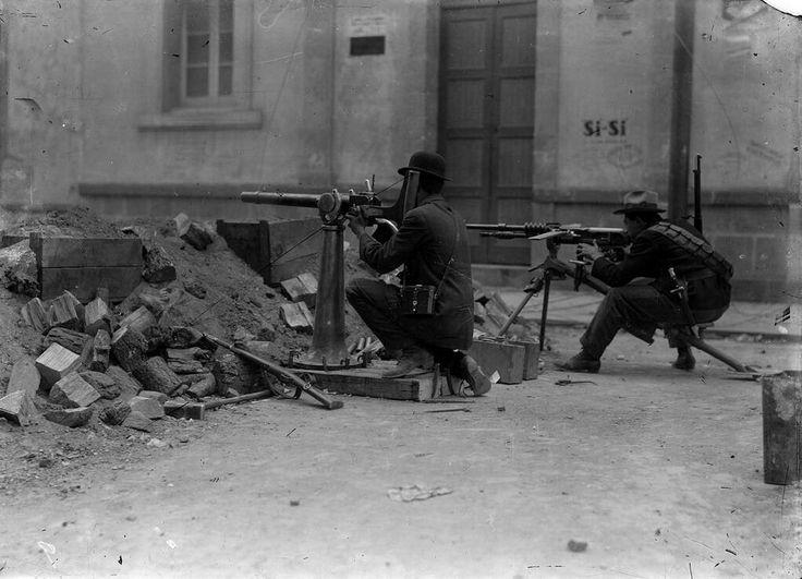 Felicistas battle in the streets of Mexico City during the La Decena Trágica - or 'Ten Tragic Days' c.1913