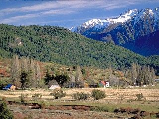 LA RINCONADA RANCH. ARGENTINA PATAGONIA LAKE DISTRICT PRIME FLY FISHING AREA RANCH HOME ON 880 ACRES.