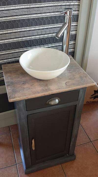 25 best ideas about meuble lave main on pinterest. Black Bedroom Furniture Sets. Home Design Ideas